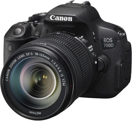Canon EOS 700D kit 18-135 IS STM